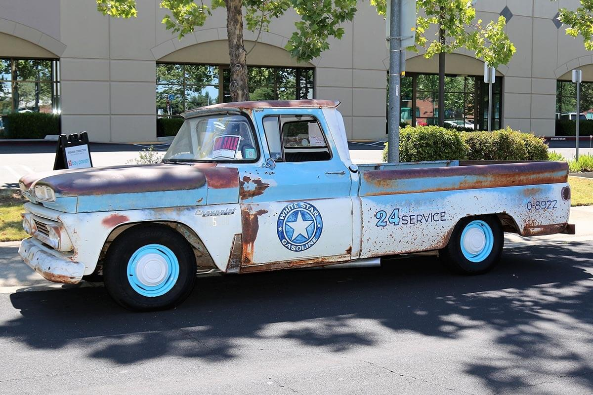 Tom's customized 1968 Chevy C10 pickup